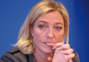 France : Marine Le Pen devance Sarkozy dans les sondages