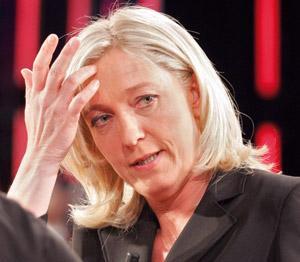 Marine Le Pen, candidate à la succession de son père
