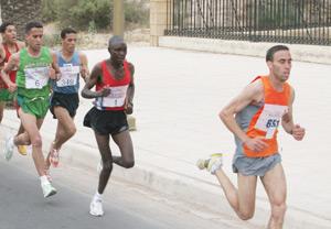 Extrême marathon de Zagora : Hammou Moudouji et Aziza Raji remportent la 6ème édition