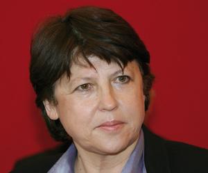 La victoire au forceps de Martine Aubry au PS