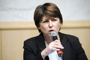 Martine Aubry s'attaque à la fabrication d'un leadership