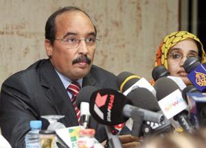 Le général Ould Abdel Aziz devient président un an après son coup d'état