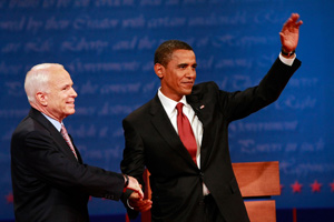 Le ticket McCain-Palin attaque vivement Obama