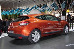Tir groupé de Renault au Mondial de l'Automobile