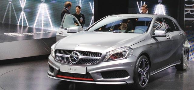 Mercedes :  La tête dans  les étoiles