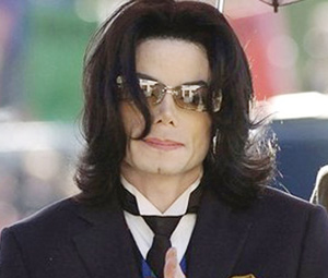 Négociations pour un show à l'occasion de l'anniversaire de Michael Jackson