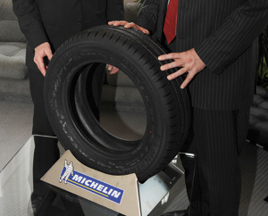 Michelin Energy Saver : Un million de pneus pour PSA