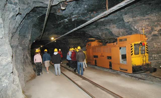 Les compagnies minières tirent leur épingle du jeu