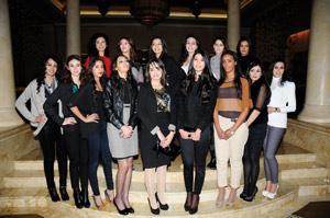 18 jeunes filles candidates pour le titre de Miss Maroc 2012