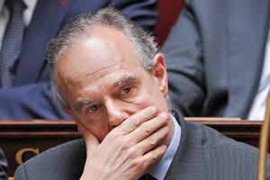 Frédéric Mitterrand pris dans les filets de la pédophilie