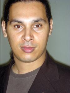 Mohamed El Hor : «Le sommet de la tragédie réside dans le comique»