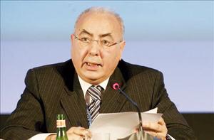 Algerie : le P-dg de la Sonatrach suspendu de ses fonctions