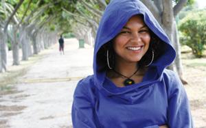 Mona Roukachi, l'étoile montante de la soul et du RnB
