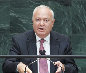 Moratinos affirme que le processus de Manhasset  aboutira à un accord entre les parties