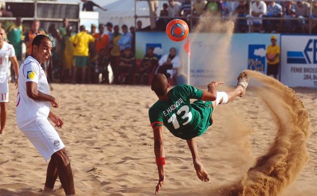 Beach soccer : L équipe nationale aux côtés  du Brésil, de l Italie et du Mexique au «Montréal 2012»