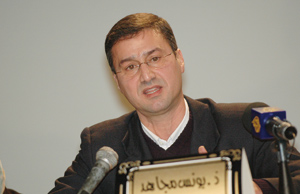 Younès Moujahid : «La procédure d'accréditation des journalistes étrangers doit être revue»