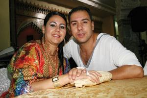 Mouss Maher et son épouse Khadija : «Ma femme m'a beaucoup aidé au cours de ma carrière artistique»
