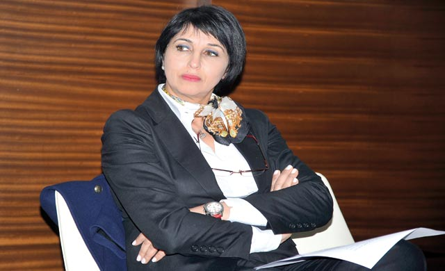 Nabila Mounib  : Pas de justice sociale si la femme ne jouit pas pleinement de ses droits