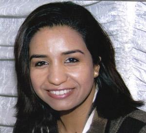 Dr. Nadia Ismaili : «Bien hydrater sa peau et boire beaucoup d'eau est indispensable en été»