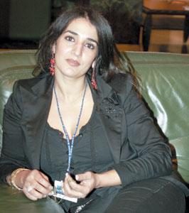 Nadia Jouhari dans la peau d'une cavalière