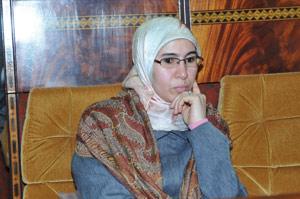 Nezha El Ouafi : «Le vote par procuration a attisé la colère des MRE»