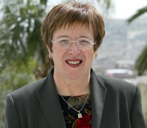 Gouvernement : Nouzha Skalli, une ministre iconoclaste, se heurte au ministre des Habous