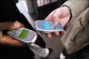 OMS : L'usage des téléphones portables «peut-être cancérogène»