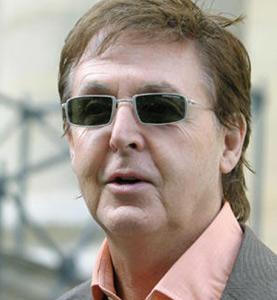 Paul McCartney chante pour le Québec