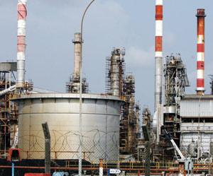 Énergie : le pétrole brut texan atteint 81 dollars le baril