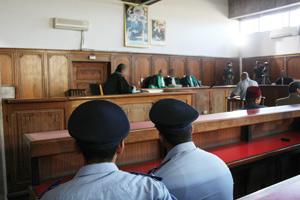 1.800 magistrats portent plainte contre l'Etat