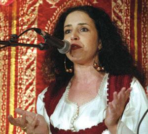 Ihsan Rmiki : «Je suis influencée par les maîtres du tarab arabe»