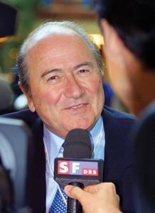 L'UEFA et la FIFA rejettent la localisation des joueurs