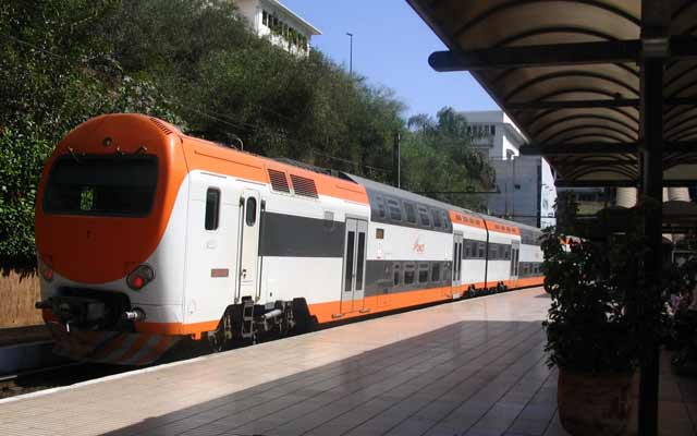 ONCF : Perturbation de la circulation ferroviaire sur la ligne Tanger-Fès suite au débordement de l'Oued Sebou