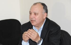 Rachid Khayatey : «Le dossier devra être traité par une seule personne».