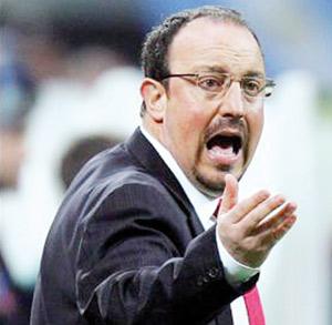 Inter Milan : Moratti met Benitez en garde