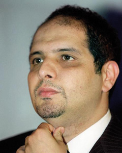 Alger accepte le report de l'extradition de Khalifa