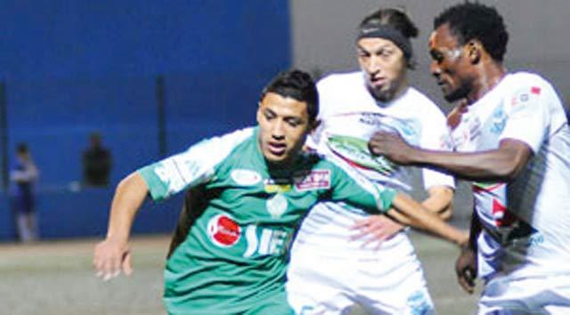 Championnat national Pro-Élite-1 : Le Raja n y arrive plus, le Wydad  piégé à domicile