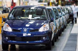 Le marché français se porte bien grâce à Renault : Rebond inattendu des ventes de voitures neuves en octobre