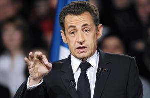 Sarkozy renonce à remanier son gouvernement