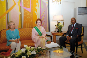 SAR la Princesse Lalla Salma décorée par le président sénégalais