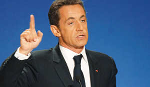 Sarkozy organise la troisième mi-temps