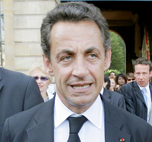 Nicolas Sarkozy remobilise ses troupes avant la débâcle annoncée