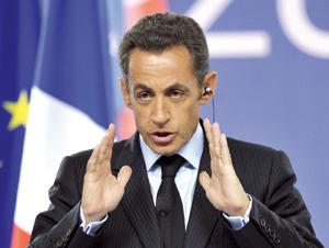 Nicolas Sarkozy tire son épingle de la crise