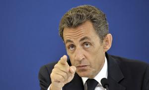Nicolas Sarkozy se résigne à parler aux Français