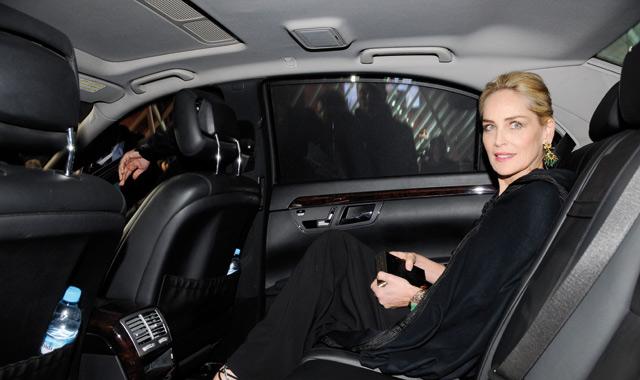 Sharon Stone en selham marocain