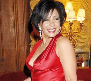 Shirley Bassey ne participera pas au concert pour Nelson Mandela
