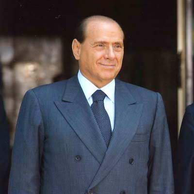 Berlusconi lâche les américains