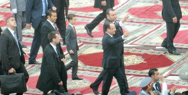 Un accueil populaire pour François Hollande à Casablanca