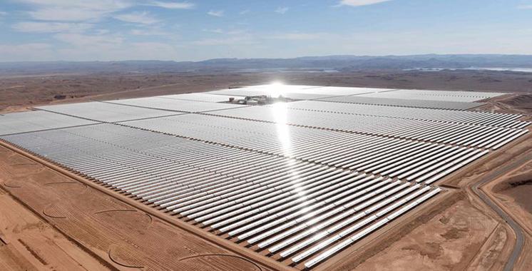 Energie solaire: Visite de la station en… hélico !