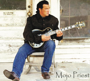 Steven Seagal : Mojo Priest